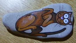 Painting on rocks - kocourek (kocour.jpg)